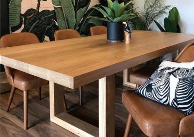 Que Table